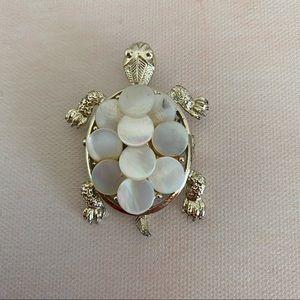 VINTAGE Gold Mother of Pearl Turtle Brooch